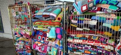 Karren vol met dekens